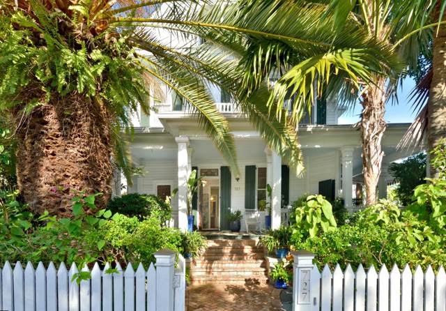 727 Eaton Street, Key West, FL 33040 (MLS #588454) :: KeyIsle Realty