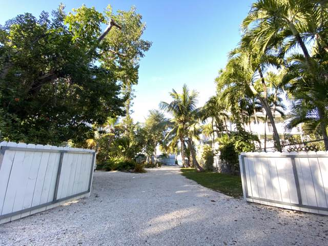 356 Buttonwood Shores Drive, Key Largo, FL 33037 (MLS #589336) :: Brenda Donnelly Group