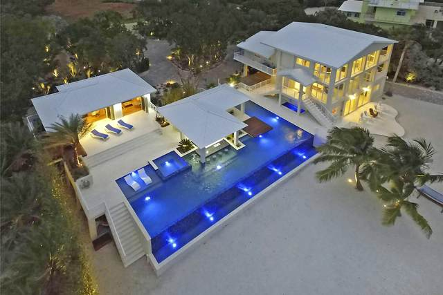 30 Ocean Front Drive, Key Largo, FL 33037 (MLS #589885) :: Brenda Donnelly Group