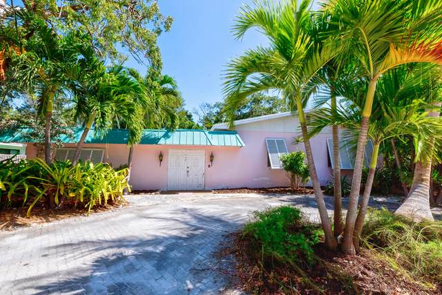 117 S Hammock Road, Upper Matecumbe Key Islamorada, FL 33036 (MLS #590243) :: Born to Sell the Keys