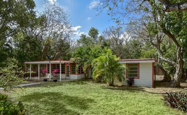 130 Royal Lane, Plantation Key, FL 33036 (MLS #590453) :: KeyIsle Realty