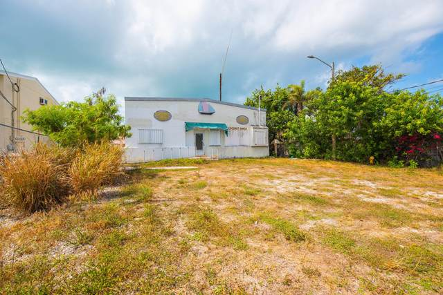 24488 Overseas Highway, Summerland Key, FL 33042 (MLS #590637) :: Coastal Collection Real Estate Inc.