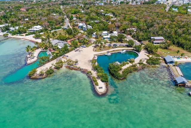 239 S Bay Harbor Drive, Key Largo, FL 33037 (MLS #590994) :: Born to Sell the Keys