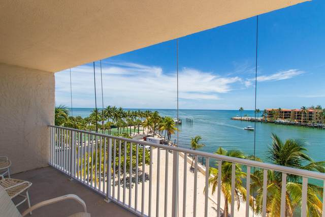 2000 Coco Plum Drive #406, Marathon, FL 33050 (MLS #591992) :: Coastal Collection Real Estate Inc.