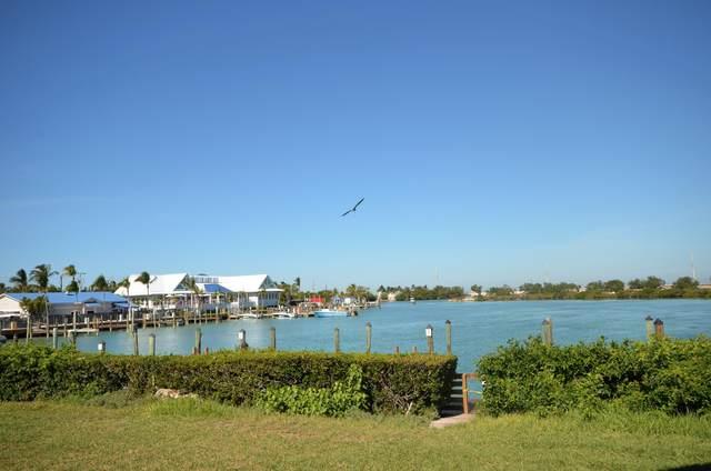 6003 Marina Villa Drive D-017, Duck Key, FL 33050 (MLS #592298) :: Keys Island Team