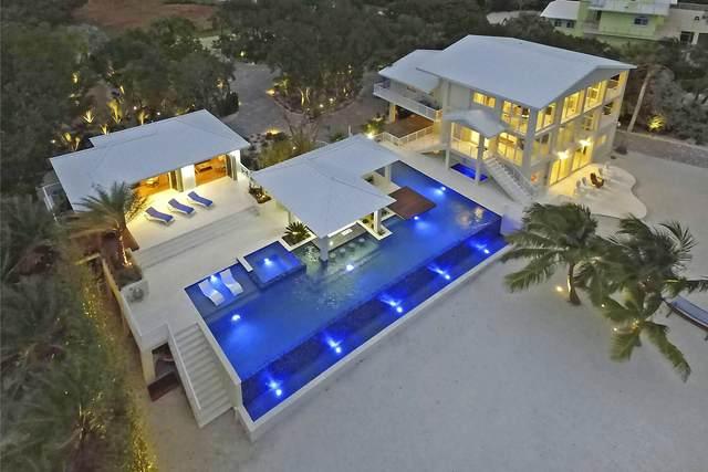 30 Ocean Front Drive, Key Largo, FL 33037 (MLS #592956) :: KeyIsle Realty