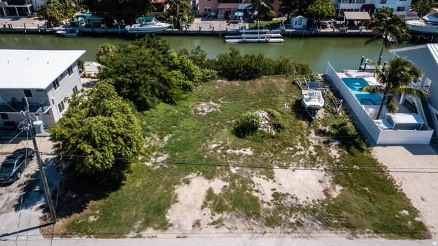 300 N Anglers Drive, Marathon, FL 33050 (MLS #593045) :: Coastal Collection Real Estate Inc.