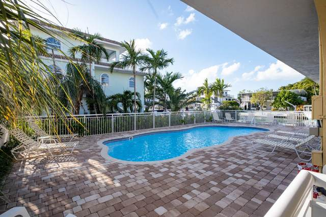 121 Villa Bella Drive, Plantation Key, FL 33036 (MLS #593500) :: The Mullins Team