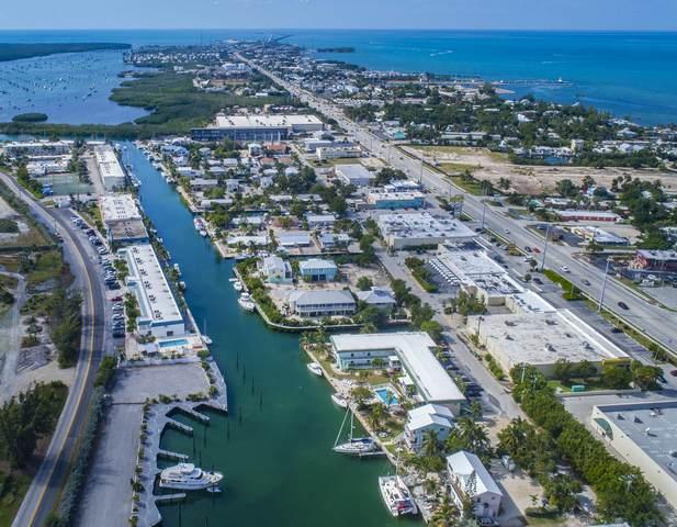 5301 Ocean Terrace #10, Marathon, FL 33050 (MLS #594354) :: The Mullins Team