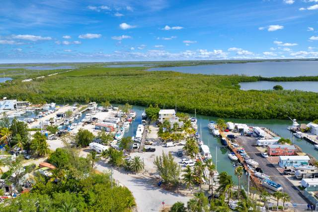 599 Morris Avenue, Key Largo, FL 33037 (MLS #595625) :: Coastal Collection Real Estate Inc.