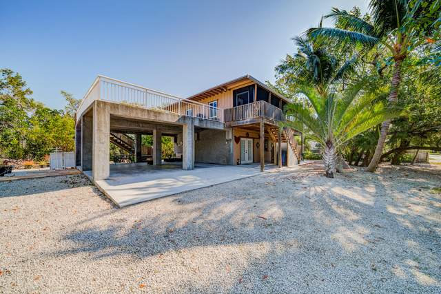 36 Tarpon Avenue, Key Largo, FL 33037 (MLS #595676) :: Coastal Collection Real Estate Inc.