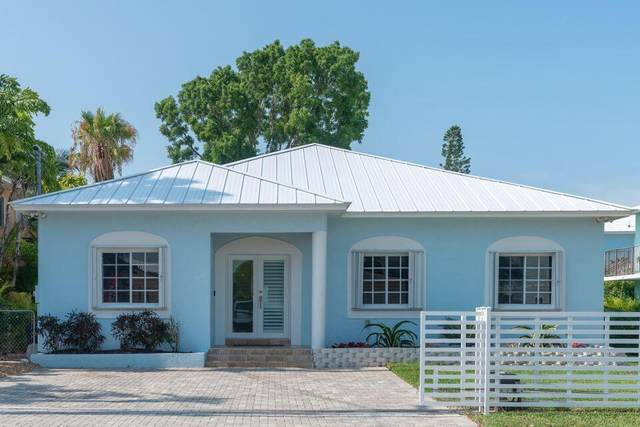69 Bahama Avenue, Key Largo, FL 33037 (MLS #595740) :: Coastal Collection Real Estate Inc.