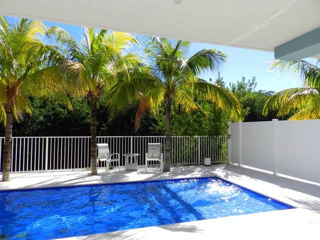 139 Venetian Way, Plantation Key, FL 33036 (MLS #595940) :: Coastal Collection Real Estate Inc.