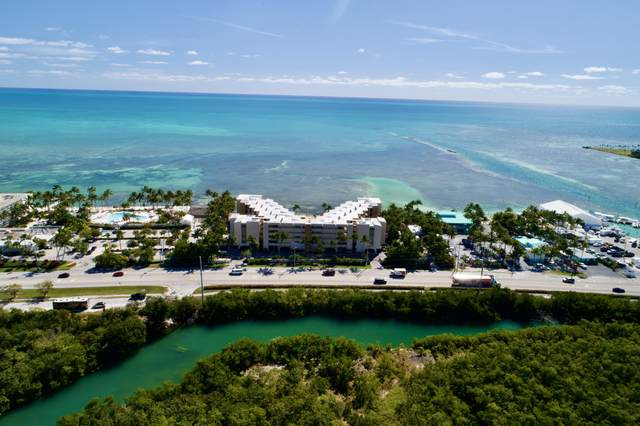 79901 Overseas Highway #401, Upper Matecumbe Key Islamorada, FL 33036 (MLS #596024) :: Coastal Collection Real Estate Inc.