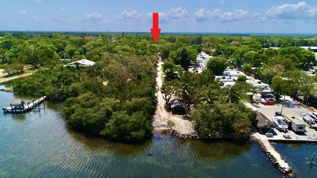 102265 Overseas Highway, Key Largo, FL 33037 (MLS #596362) :: KeyIsle Group