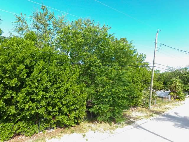 333 29Th Street Ocean, Marathon, FL 33050 (MLS #596437) :: Coastal Collection Real Estate Inc.