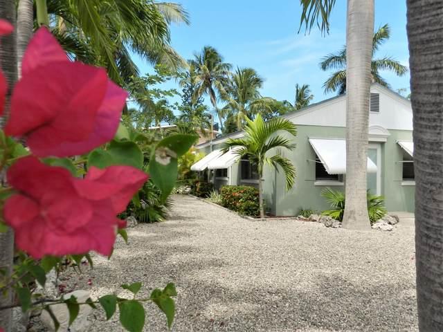 401 Coconut Drive, Key Largo, FL 33037 (MLS #596475) :: The Mullins Team