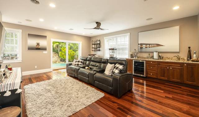 1320 South Street, Key West, FL 33040 (MLS #596587) :: Jimmy Lane Home Team