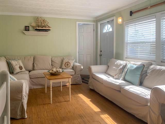 31480 Avenue F, Big Pine Key, FL 33043 (MLS #597128) :: Brenda Donnelly Group