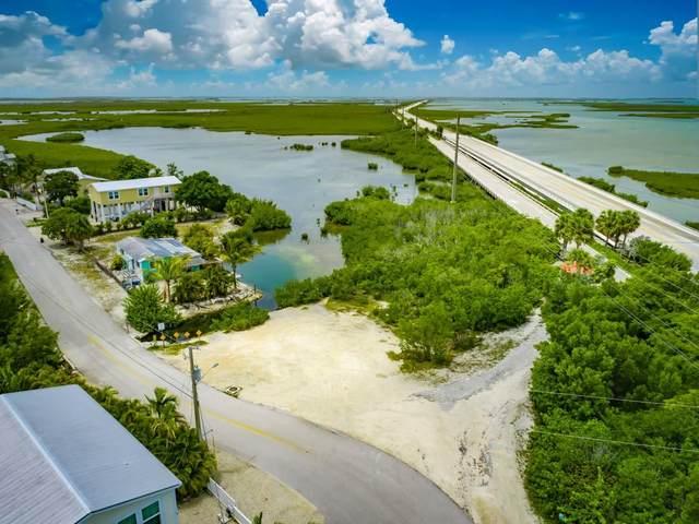 1 Blue Water Drive, Saddlebunch, FL 33040 (MLS #597453) :: Keys Island Team