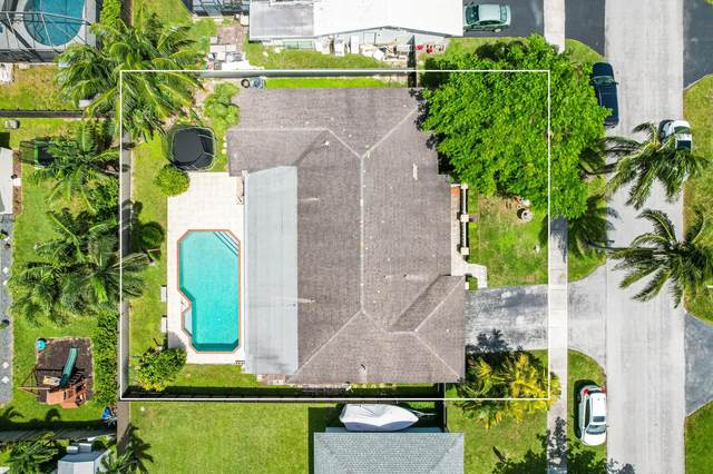 8115 SW 205th Terrace, Other, FL 00000 (MLS #597540) :: Brenda Donnelly Group