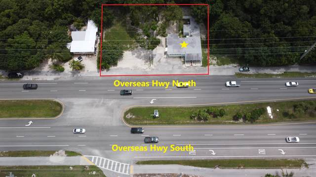 105045 Overseas Highway, Key Largo, FL 33037 (MLS #597734) :: Jimmy Lane Home Team