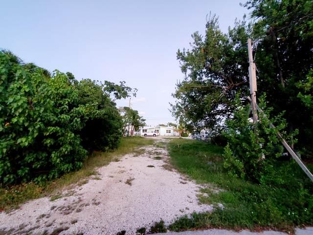 320 84Th Street, Marathon, FL 33050 (MLS #597894) :: BHHS- Keys Real Estate