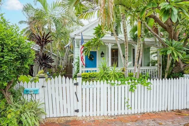 1421 Eliza Street, Key West, FL 33040 (MLS #598253) :: KeyIsle Group