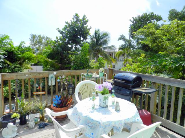 148 Pearl Avenue, Plantation Key, FL 33070 (MLS #582253) :: KeyIsle Realty