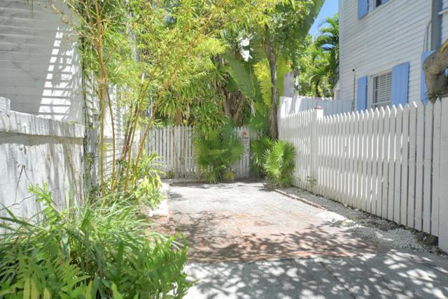 621 Eaton Street, Key West, FL 33040 (MLS #585623) :: Key West Luxury Real Estate Inc