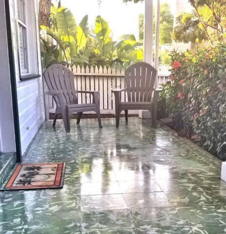 1400 White Street B, Key West, FL 33040 (MLS #585698) :: Doug Mayberry Real Estate