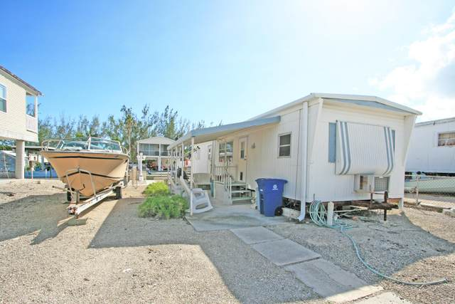 220 W 2nd Court, Key Largo, FL 33037 (MLS #587525) :: Born to Sell the Keys