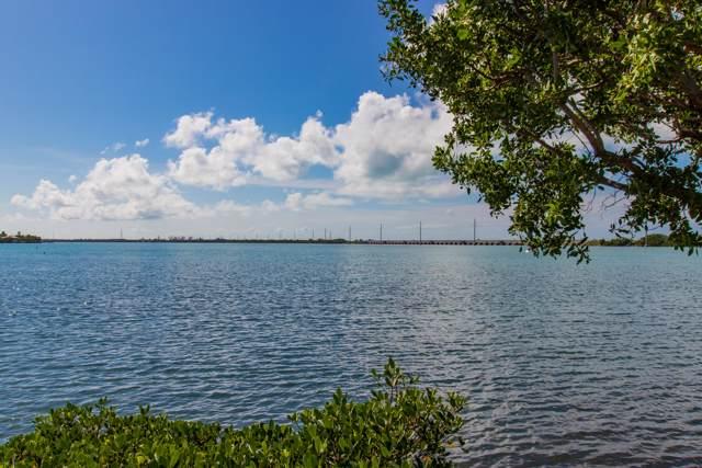 5036 Sunset Village Drive, Duck Key, FL 33050 (MLS #587644) :: KeyIsle Realty