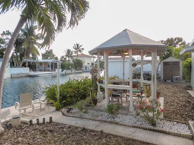 14 Arbutus Drive, Key Haven, FL 33040 (MLS #587890) :: Key West Luxury Real Estate Inc