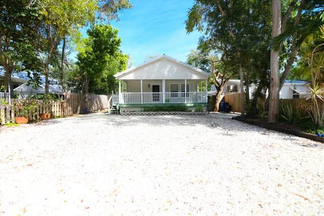 802 Madrid Road, Key Largo, FL 33037 (MLS #588671) :: Key West Luxury Real Estate Inc