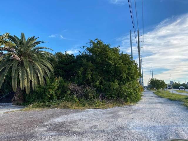 307 Overseas Highway, Big Coppitt, FL 33040 (MLS #593972) :: Keys Island Team