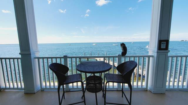 104000 Overseas Highway, Key Largo, FL 33037 (MLS #594999) :: Keys Island Team