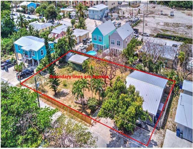664 50Th Street Gulf Court, Marathon, FL 33050 (MLS #595448) :: Key West Luxury Real Estate Inc