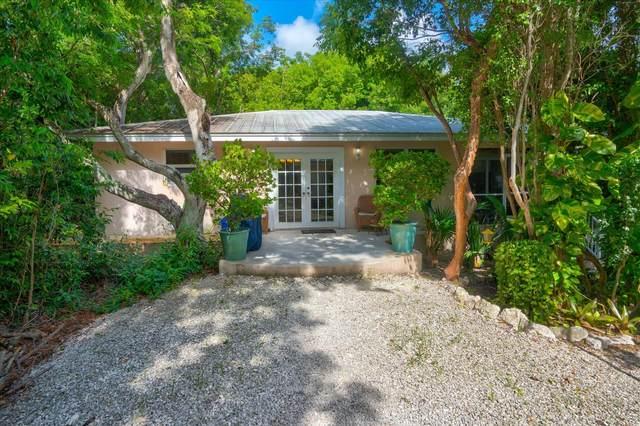 260 Bay Drive, Key Largo, FL 33037 (MLS #597144) :: Key West Luxury Real Estate Inc