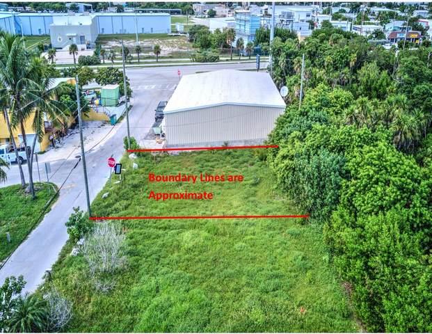 315 E 105Th, Marathon, FL 33050 (MLS #597818) :: BHHS- Keys Real Estate