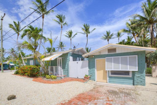211 Carroll Street, Upper Matecumbe Key Islamorada, FL 33036 (MLS #580547) :: KeyIsle Realty
