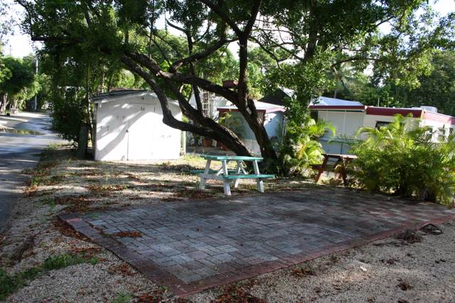 101551 Overseas Highway Highway Lot 32, Key Largo, FL 33037 (MLS #587150) :: Born to Sell the Keys