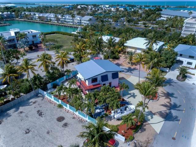 303 Coco Plum Street, Duck Key, FL 33050 (MLS #589663) :: KeyIsle Realty