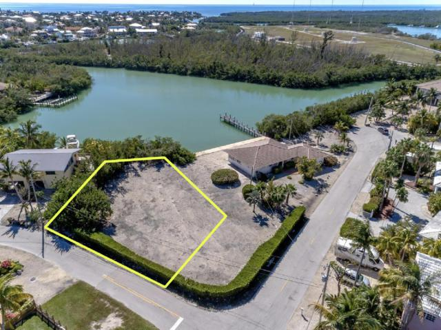 O Camino Real Street, Marathon, FL 33050 (MLS #585641) :: Doug Mayberry Real Estate