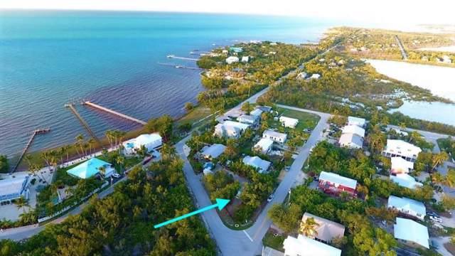 Corner Of Bailey Street, Marathon, FL 33050 (MLS #587068) :: Key West Luxury Real Estate Inc