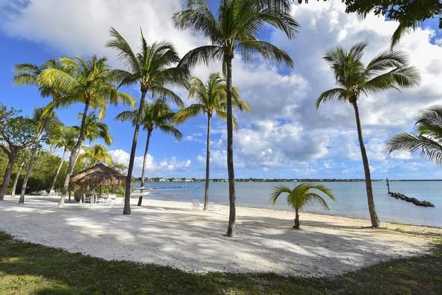 10 Cannon Point, Key Largo, FL 33037 (MLS #568695) :: Key West Luxury Real Estate Inc