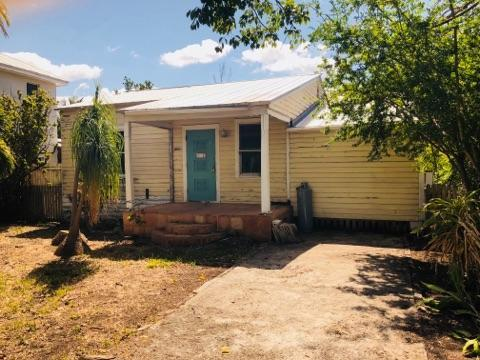 3402 Eagle Avenue, Key West, FL 33040 (MLS #579100) :: Doug Mayberry Real Estate