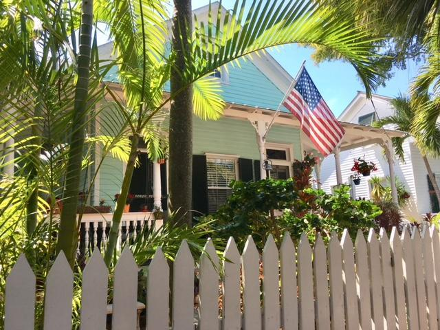 524 Margaret Street #102, Key West, FL 33040 (MLS #579353) :: Jimmy Lane Real Estate Team