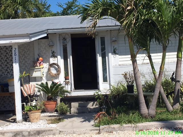 2811 Staples Avenue, Key West, FL 33040 (MLS #579423) :: Key West Luxury Real Estate Inc