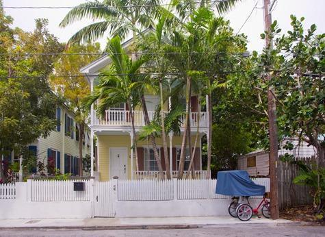1417 Pine Street, Key West, FL 33040 (MLS #579542) :: Doug Mayberry Real Estate